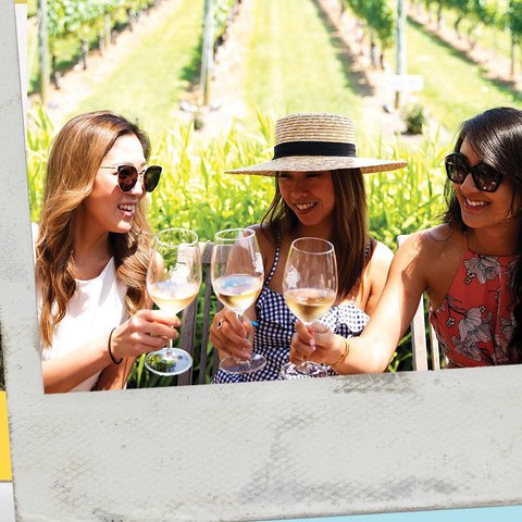 Terrace memories are the best memories ☀️🥂 Tag your wine tasting bestie below! . . . . . . . . .  #wolffer #wolfferwine #wolfferestate #wolfferestatevineyard #wolfferstyle #wine #winemaking #winelover #winetasting #wolffercider #wolfferrose #rosecider #rosécider #familybusiness #roséallday #Rosé #roséseason #drinklocal #sustainablefarming #cherrybombe #bombesquad #hamptons #sustainability #vineyardviews #summerinabottle #montauk #smallbiz #eastend #nyc
