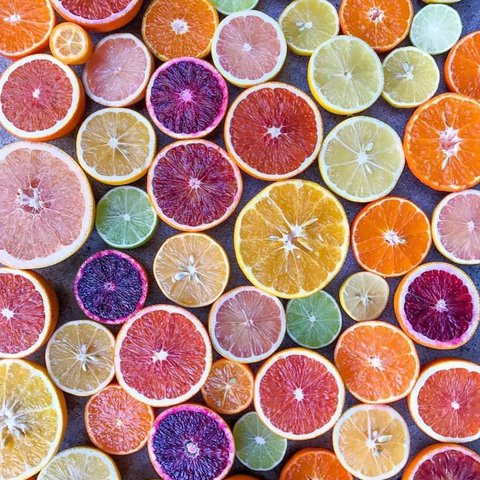 Ready for that Summer citrus 🙌🏽🍊🍋🥝 Which local Farmers Market is your fav for East End fruits and veggies? 📸: @alizajsokolow . . . . . . . . . . .  #wolffer #wolfferwine #wolfferestate #wolfferestatevineyard #wolfferstyle #wine #winemaking #winelover #winetasting #wolffercider #wolfferrose #rosecider #rosécider #familybusiness #roséallday #Rosé #roséseason #drinklocal #sustainablefarming #cherrybombe #bombesquad #hamptons #sustainability #vineyardviews #summerinabottle #montauk #smallbiz #eastend #nyc